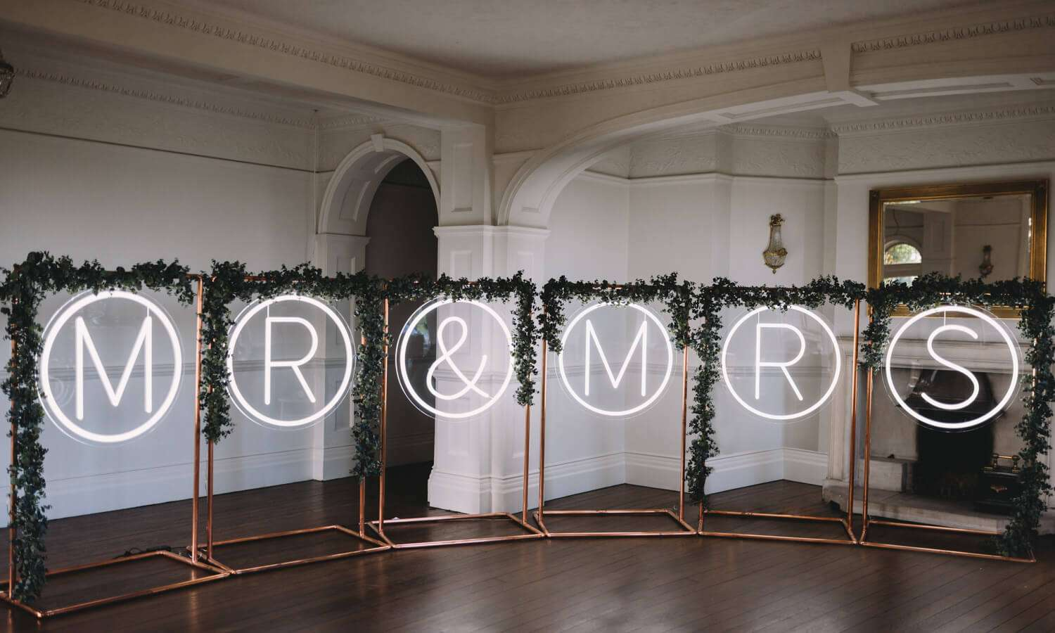 Giant Mrs and Mrs wedding sign