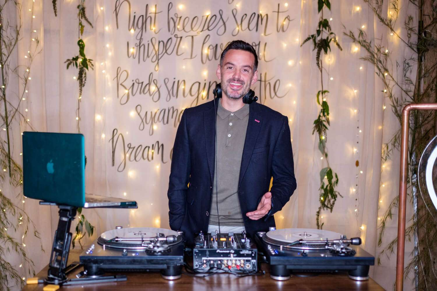 DJ for mini wedding Essex