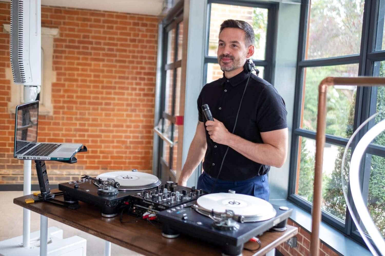 DINNER DJ ESSEX